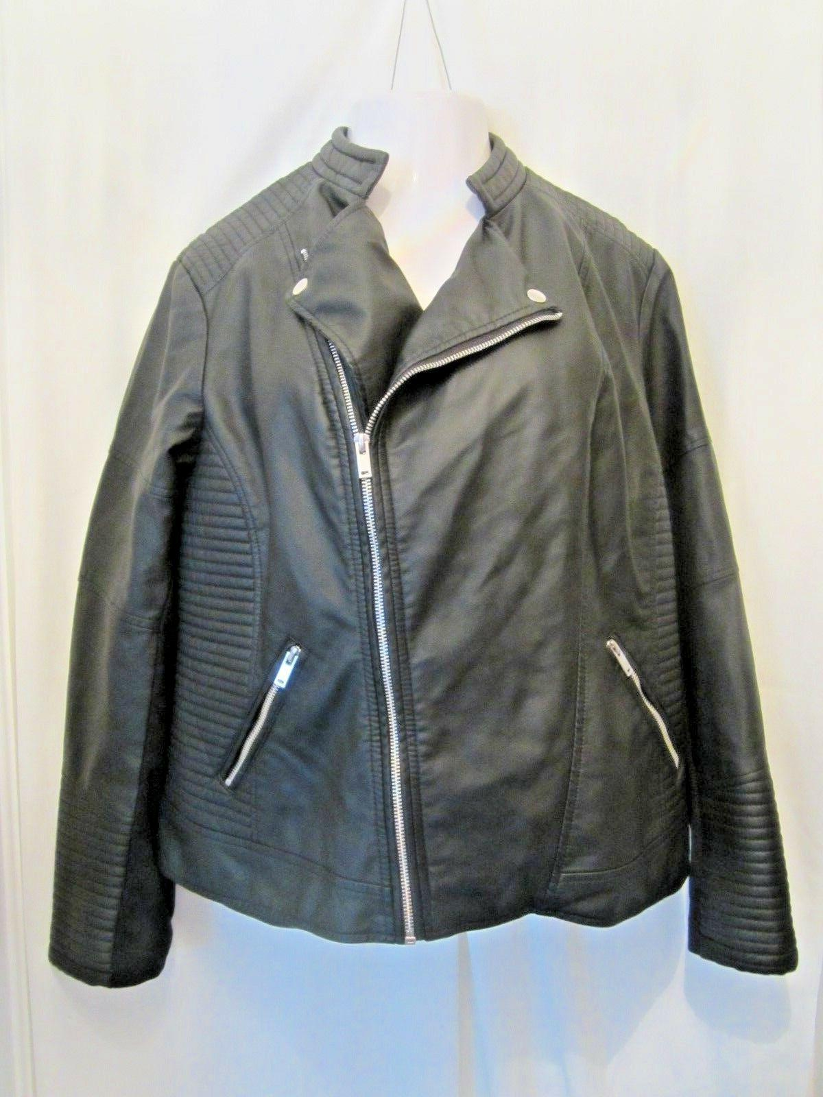 New Black Seamed Leather Moto Plus 22/24
